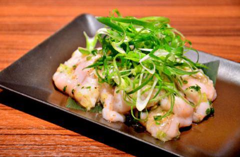 ねぎ塩しま腸 1,050円(税別)