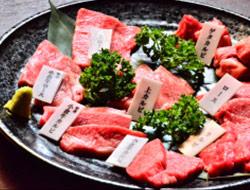 九州産黒毛和牛 若勝食べ比べセット<br />7,538円(税別)